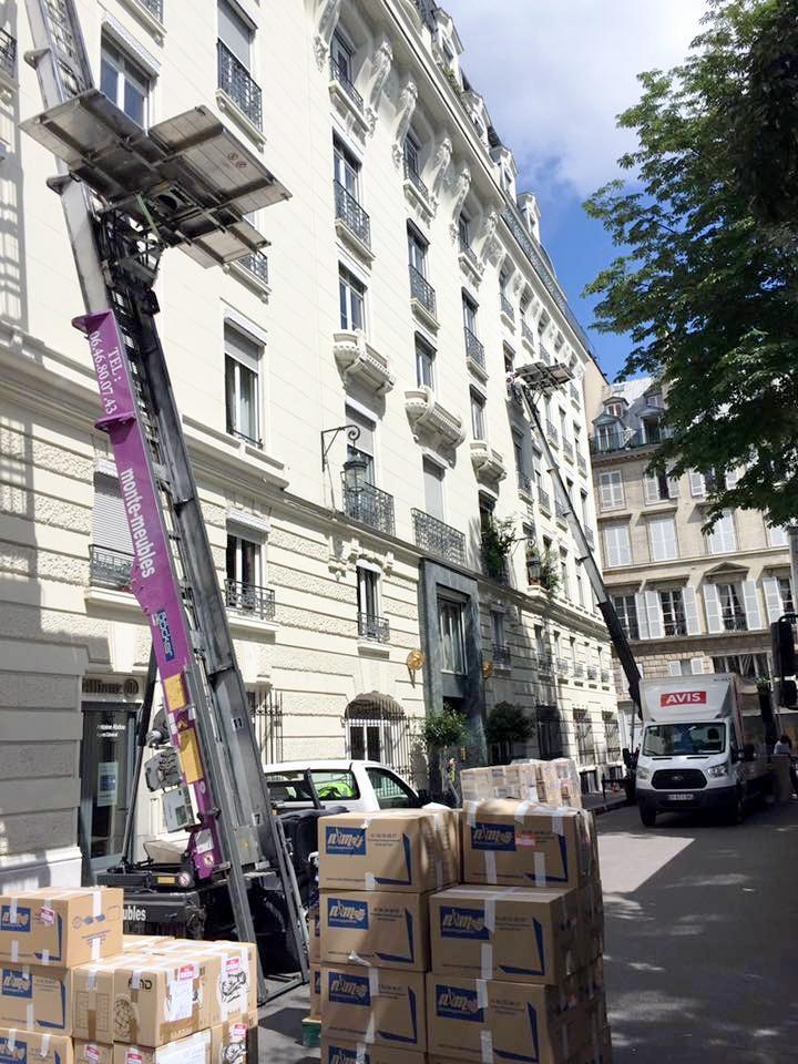 Location Monte Meubles Déménagement Et Monte Charge Chantier Paris